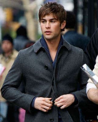 actor chace crawford filming on location for gossip girl on news photo 1623941741.jpg